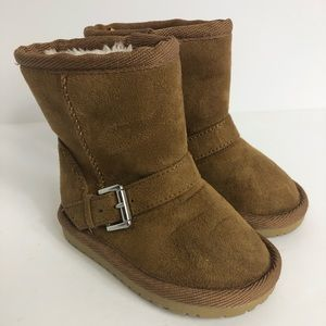 Girls Fleece Lined Boots 4